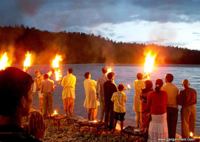 Sacred Aarti Ceremony on the Ganges River in Rishikesh
